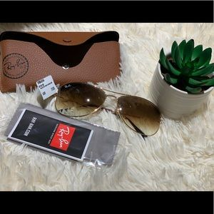 Rayban avitor sunglasses
